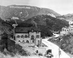 hollywoodland-sign