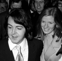 paul-linda-mccartney-wedding