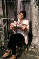 paul-mccartney-concertina