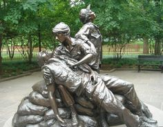 Vietnam-Womens-Memorial